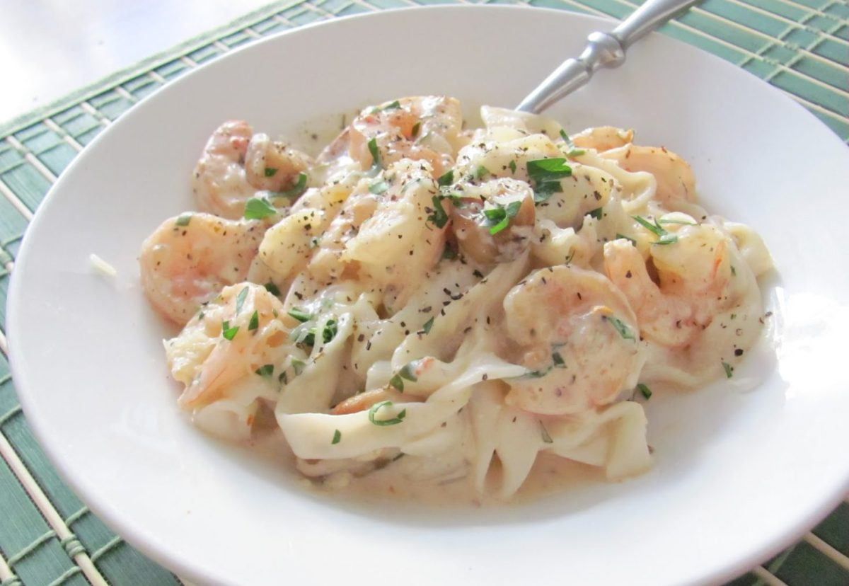 Light Fettuccine Alfredo with Shrimp, Sun-Dried Tomatoes and RoastedGarlic