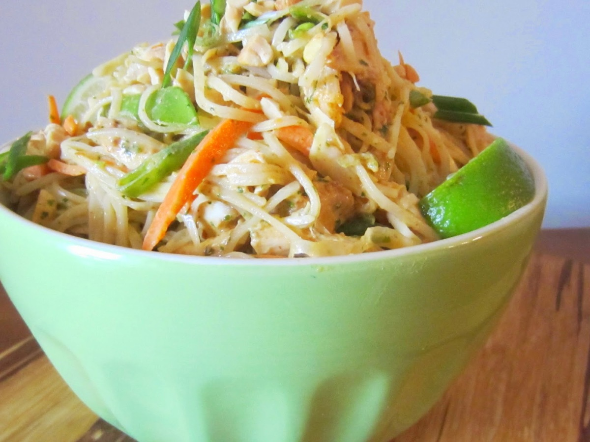 Spicy Thai Noodle Salad with PeanutDressing